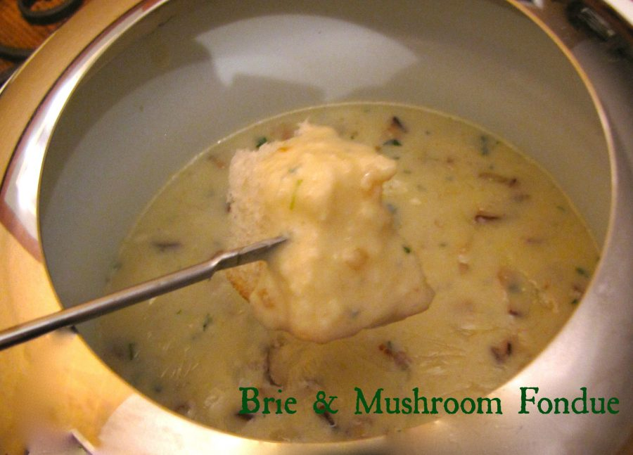 Brie & Mushroom Fondue