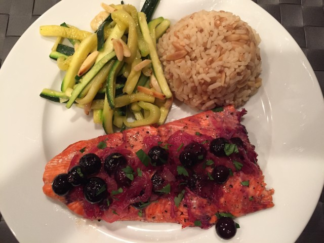 Baked Salmon with Blueberries